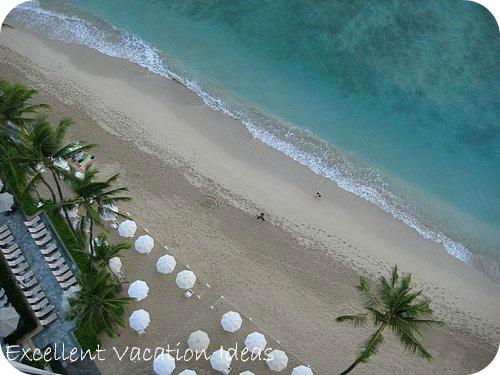 Hawaii Travel Videos: Moana Surfrider