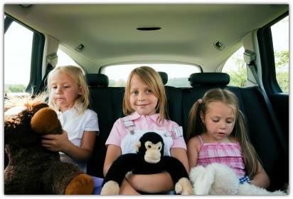 Kids playing free road trip games