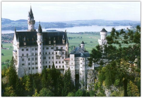 Romantic European Vacation Ideas - Tour a Bavarian Castle